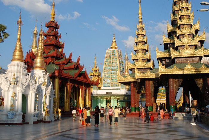 Shwedagon_Pagoda_Yangon