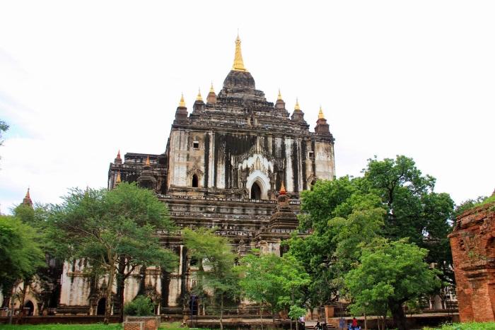 Temple-Thatbyinnyu-Bagan