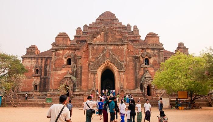 dhamanygyi temple
