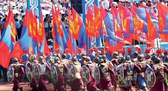 那达慕节庆展示了蒙古人的爱国情操。