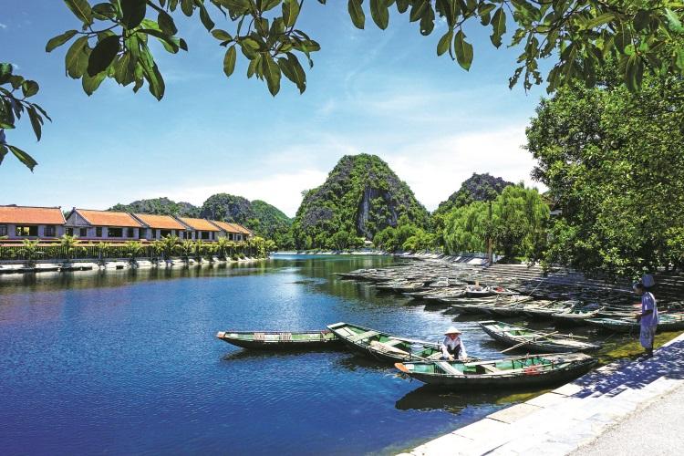 J vacation-vietnam-1