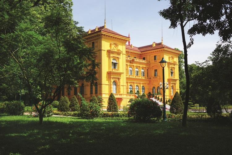 主席府是一座颇为豪华的法式别墅。