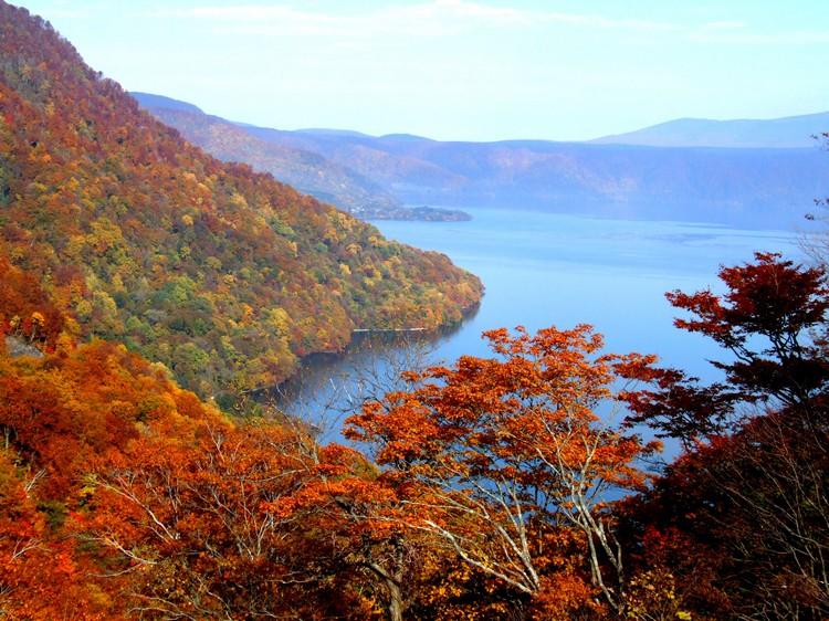 十和田湖,五光十色的秋景!