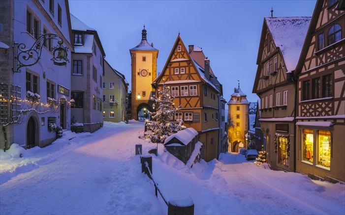 冬季的罗腾堡,更有另一番味道!因此,与看到理想中的季节景观,特别的安排和慎密的计划是必要的。
