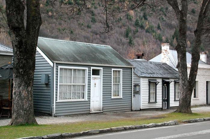 Arrowtown遗留下来淘金客的古老房舍。