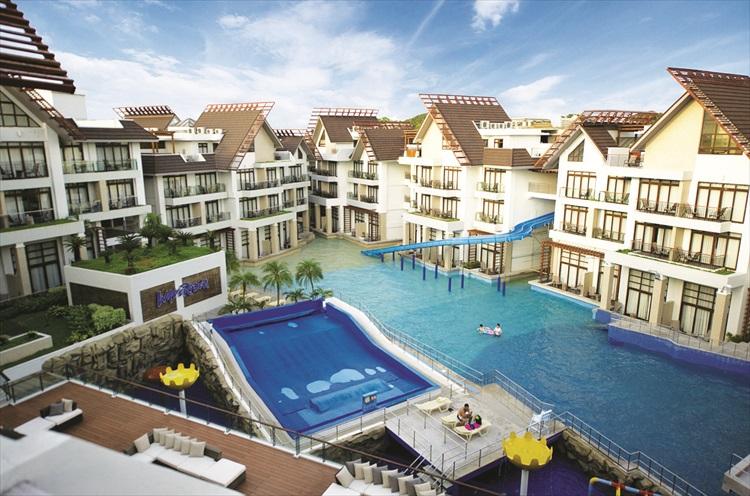 皇冠丽晶酒店和会议中心。