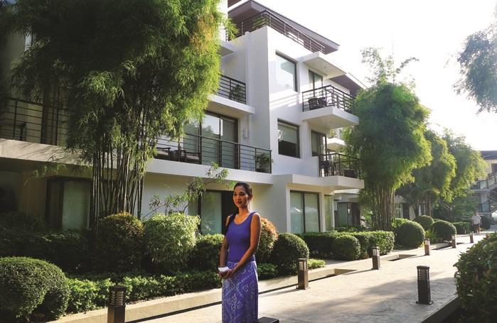 酒店四周都环绕着郁郁葱葱的绿色植物,令人心旷神怡。