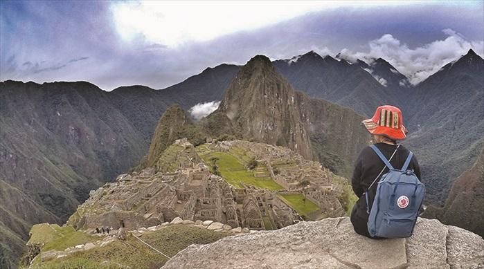 爬到马丘比丘最高处,以为世界只剩下我一人,但其实并不然。