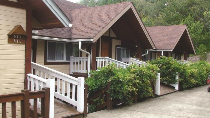 农场里的住宿旅馆房型多元优美,适合一家人前来住宿。