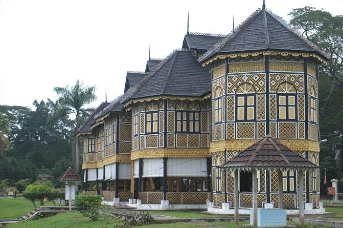 旧皇宫Istana Kenangan,无论设计色彩风格,皆让人着迷。