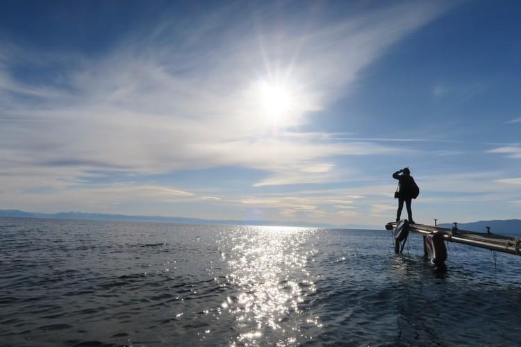 一望无际的贝尓加湖;宁静的美艳。