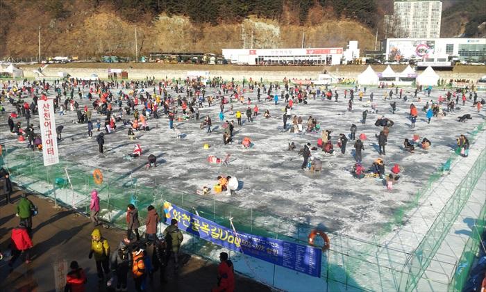 华川 山鳟鱼庆典。
