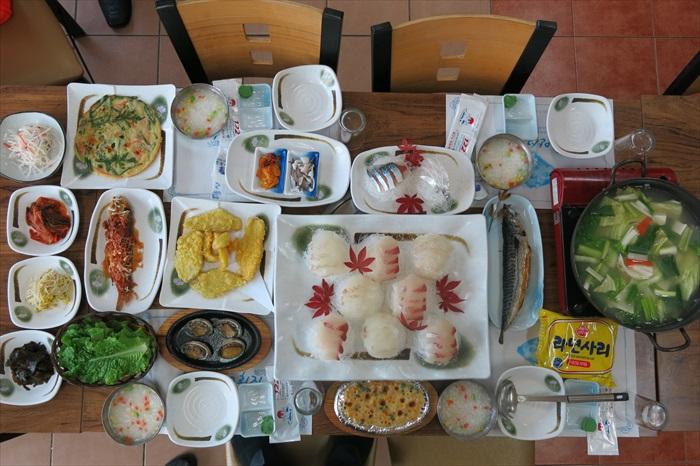 济州岛,美味的刺身套餐。