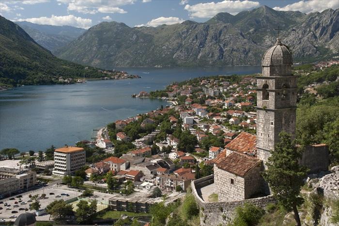 黑山共和国的科托尔湾。