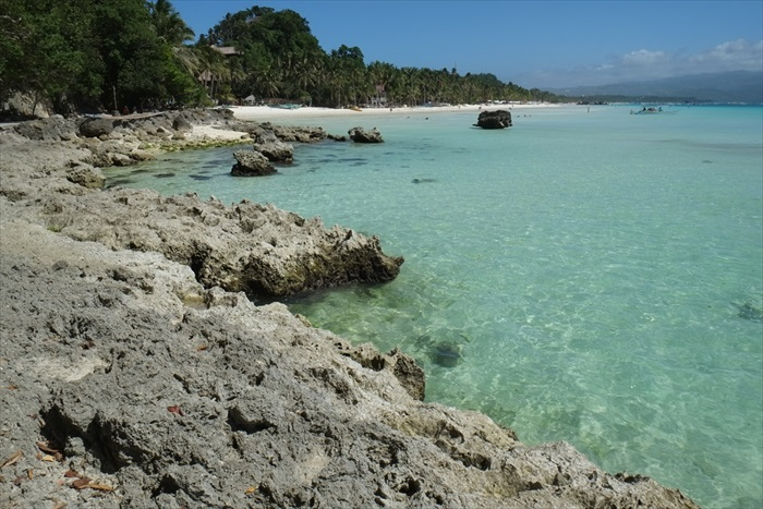 看着波光粼粼的碧绿海水,我只能说长滩岛的保护工作做得真好!