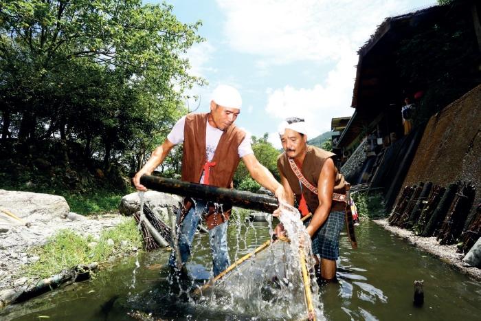 马太鞍湿地 阿美族人特有的生态捕鱼法——Palakaw。