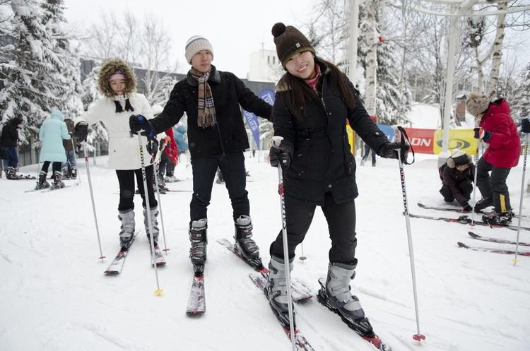 到滑雪度假村,与粉末雪同乐!