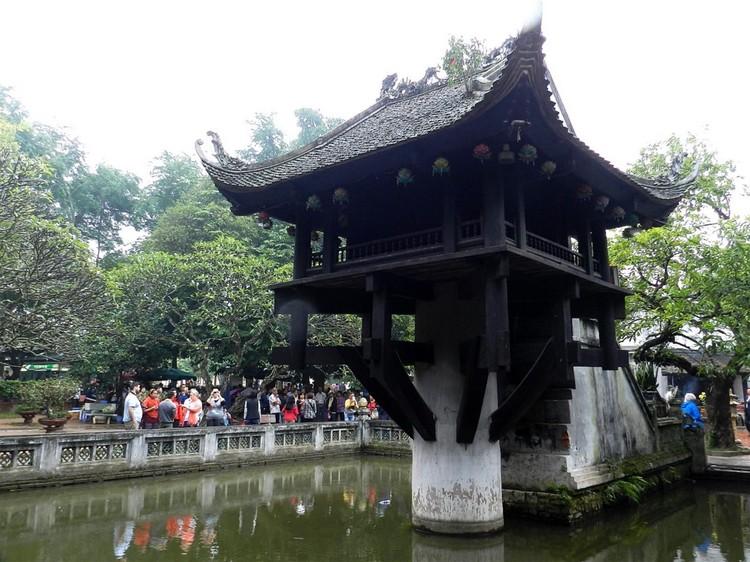 河内著名地标之-- 一柱庙