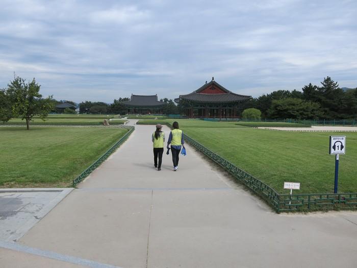 庆州简直就是一个大型户外博物馆。