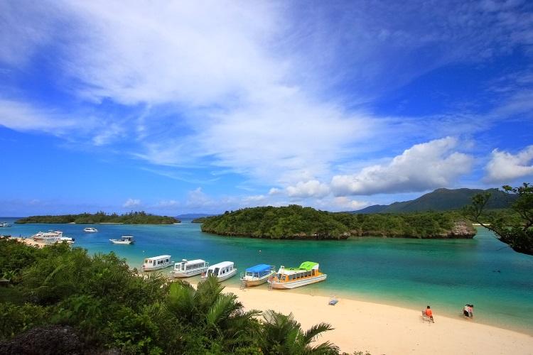 图为冲绳石坦岛,位于日本琉球列岛的八重山群岛的方。