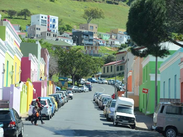 博开普马来多彩住宅区(Bo-Kaap Malay Quater)就展现了当地愉悦美好的城市面貌。