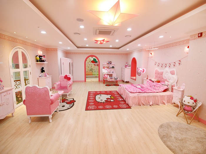 Hello Kitty Island 1