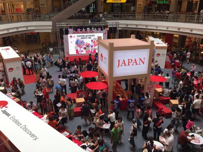 首日的人潮展现了人们对日本的喜爱!
