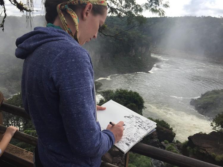 世界级的自然景观,吸引了不少艺术家摄影家到此一游,将瀑布景观作为专业材料的一部分。