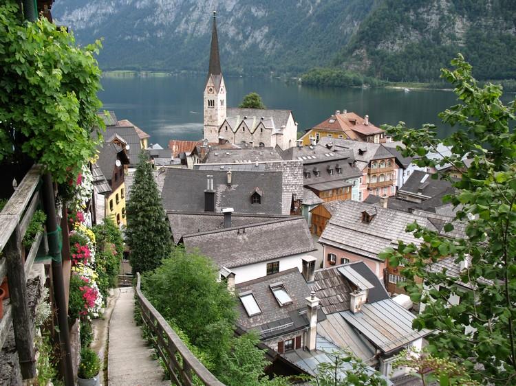走游在号称最美的村子里。
