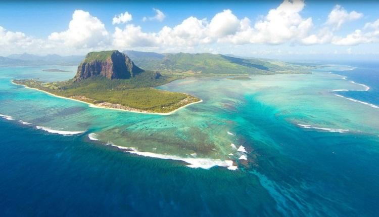 7) Mauritius Africa