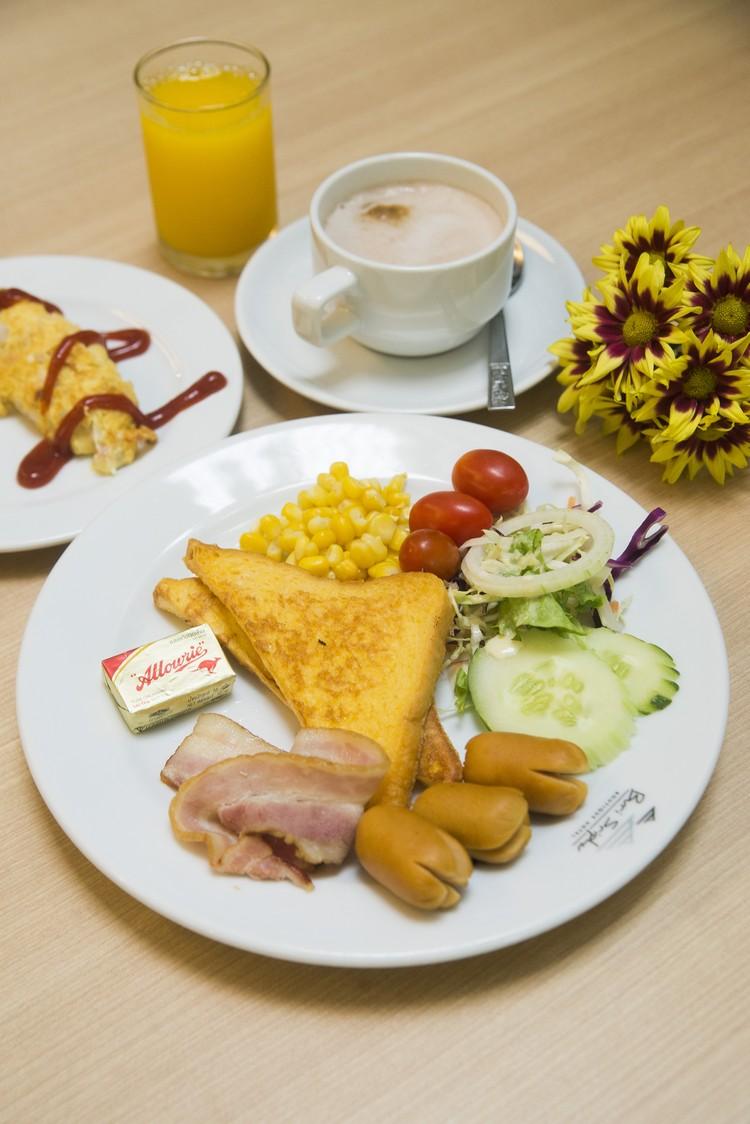 自助搭配的西式早餐。