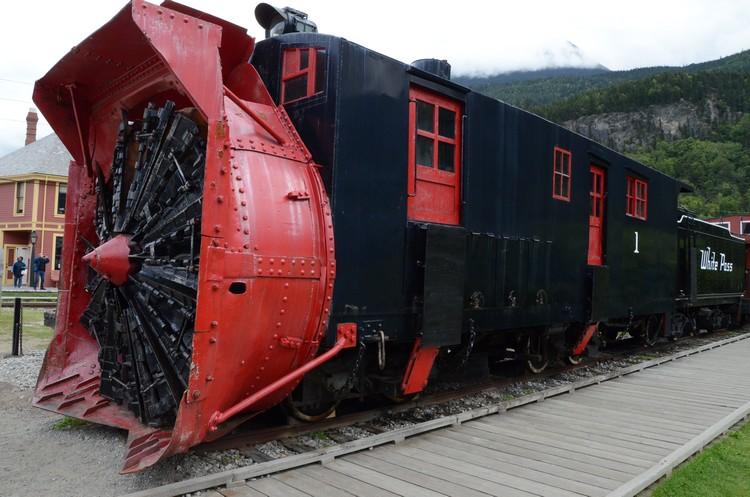 第一代的火车头,至今已成古董供人参观。
