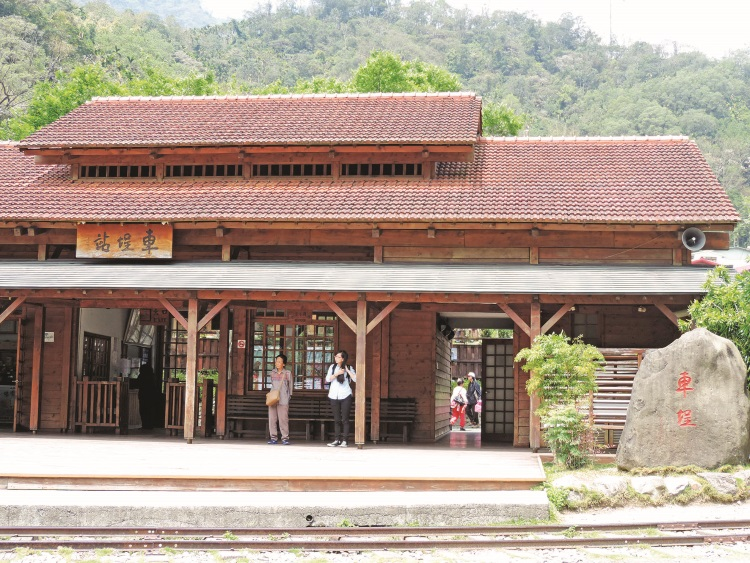 以原桧木重建的车埕车站。