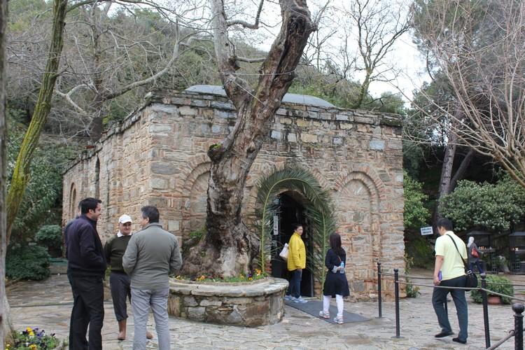 距离赛尔库克约莫7公里的圣母玛利亚之家,是天主教教徒所认为的圣母终老之地。