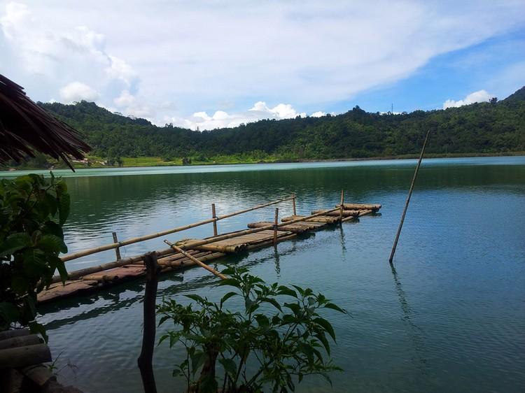 3 color lake 2