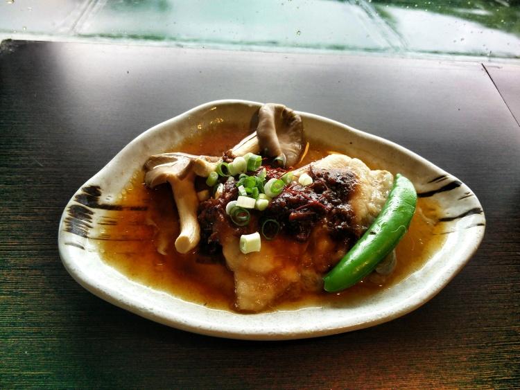 ⾹滑可⼜的鲟龙鱼料理。