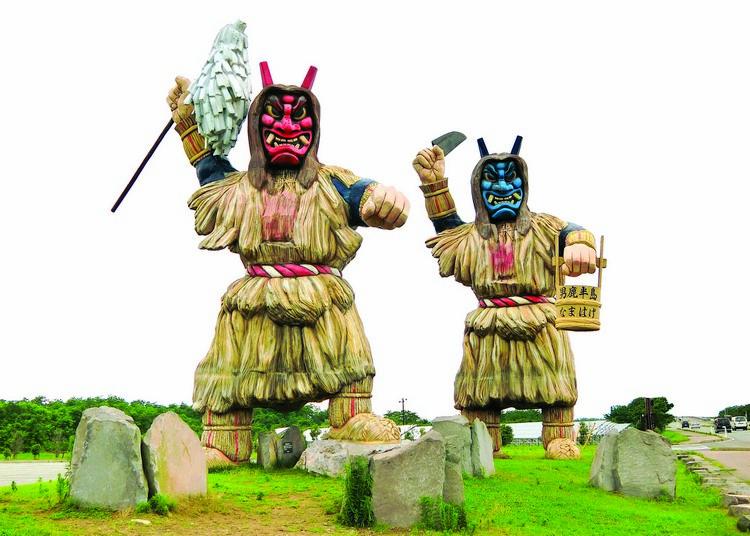"""男鹿半岛处处都立着""""生剥鬼""""的雕像,不愧为""""神龟传说之乡""""。"""