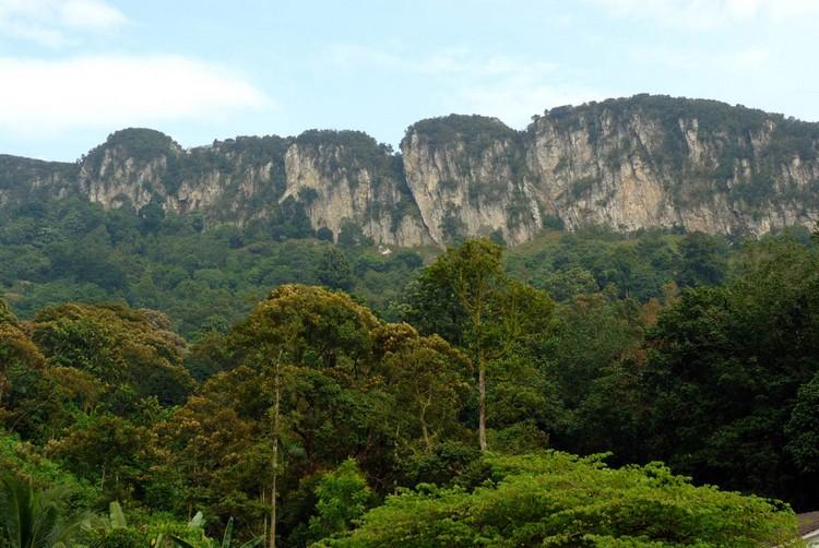 龙的背脊——水晶山