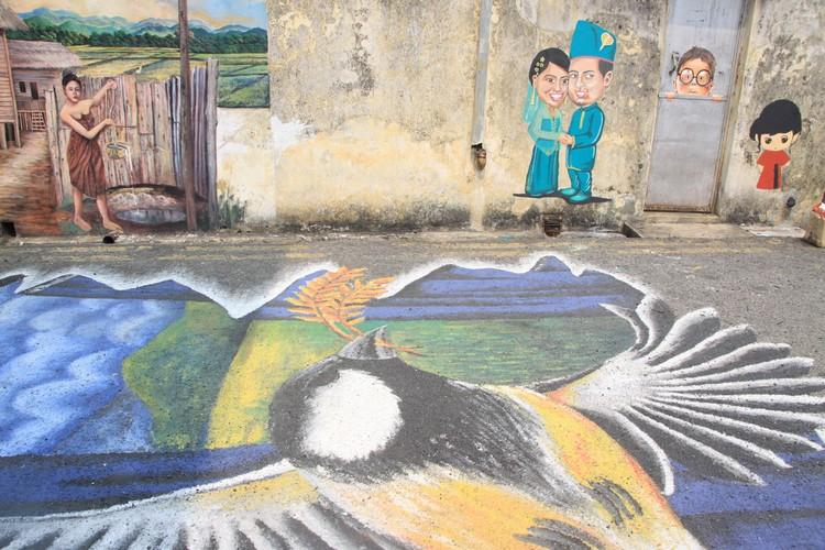 二街巷弄里的壁画