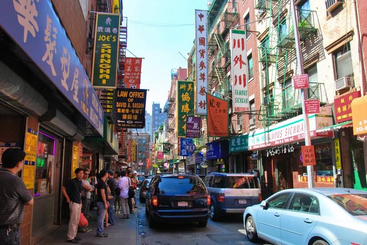 唐人街,可以让身在西方国家的你找回一些家乡的味道。