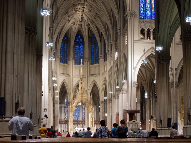 教堂曾在美国建筑师协会评选的150座美国最喜爱建筑中排名第11位。