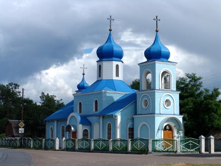 摩尔多瓦教堂,外观大多是旧俄罗斯的滞留风格建筑。(三)