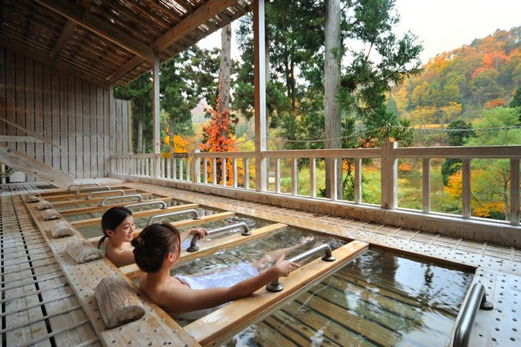 lying onsen bath
