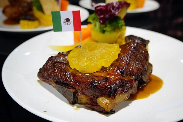 碳烤美式豬肋排