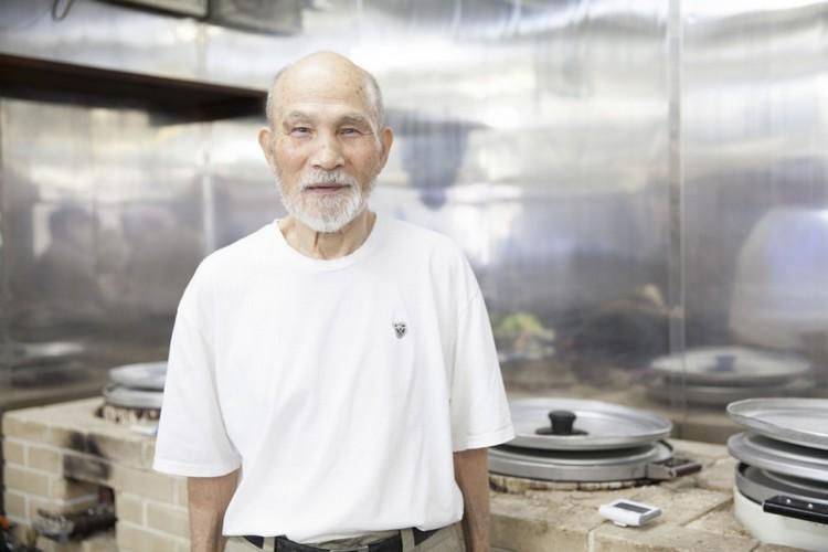 """村嶋孟,煮了50多年饭的""""煮饭仙人""""。(取自www.tfm.co.jp)"""