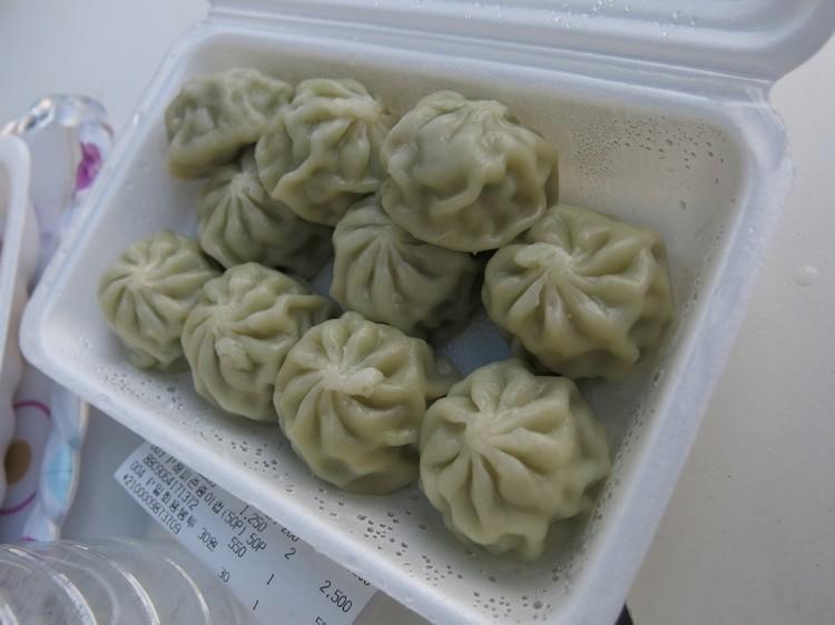 最后的集合点,等待我们的韭菜和泡菜饺子,好好吃!