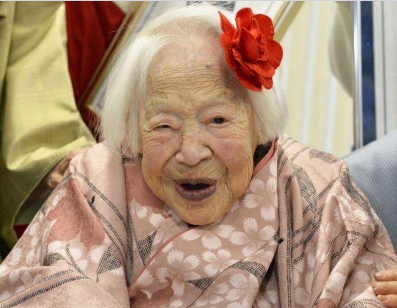 """据日本媒体报道,获得吉尼斯世界纪录认定""""世界最长寿的人"""" -- 大川美佐绪,于2015年4月1日去世,享年117岁。"""