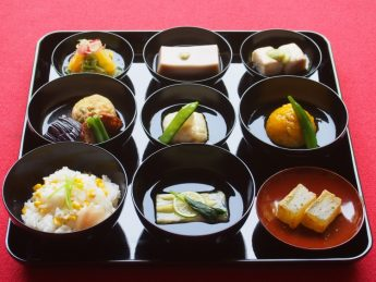 青岸寺池泉庭院 - 夏の精进料理。