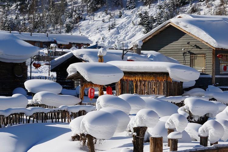 别树一帜的雪景,让雪乡成为冬季热门旅游景点。