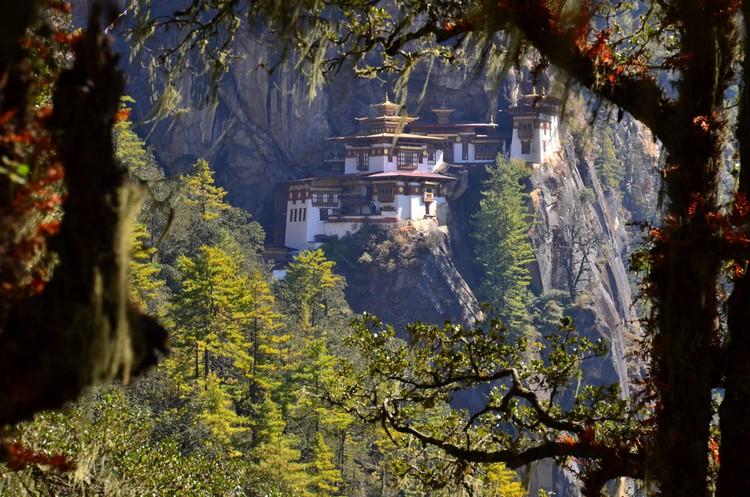 虎岩寺 Taktsang Monastery
